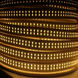 LA153-5K-2835-240PC-LED STRIP LIGHT 120V